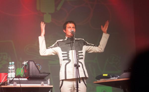 Felix Kubin wystąpi podczas nowej imprezy pt. Odcinki.