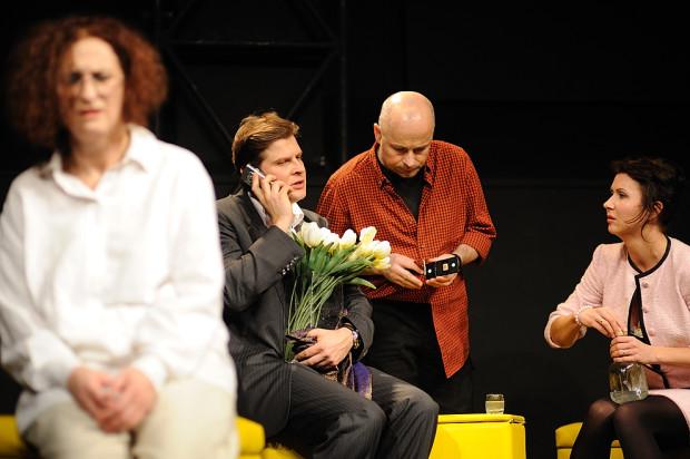"""""""Bóg mordu"""" w reżyserii Tomasza Mana (na zdjęciu) będzie jednym z dwóch mniejszych spektakli Teatru Miejskiego, przeniesionych na Scenę Letnią (obok """"Sammy'ego"""")."""