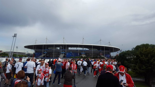 Na tle Paryża Gdańsk jako współorganizator Euro 2012 wypada naprawdę bardzo dobrze.