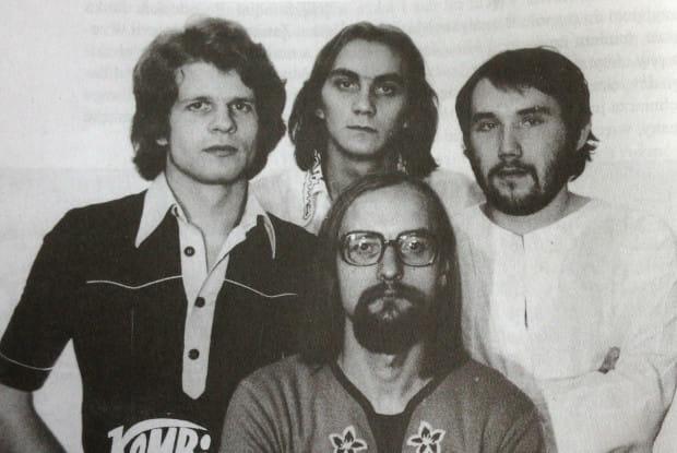 Kombi w roku 1977 - od lewej Waldemar Tkaczyk, Benedykt Musioł, Sławomir Łosowski (tak, tak) i Grzegorz Skawiński.