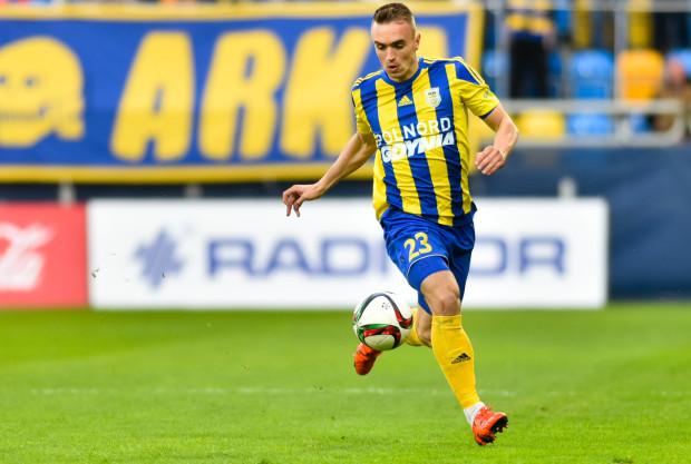 Marcin Warcholak, czyli najpewniejszy punkt defensywy minionego sezonu I ligi w Arce, zostaje w gdyńskim klubie, gdzie dostanie szanse na debiut w ekstraklasie.