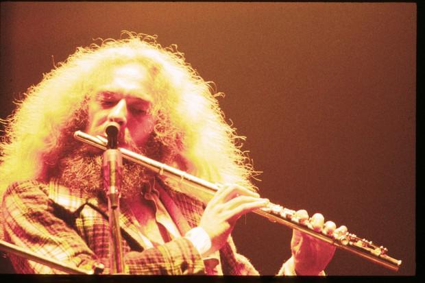 Ian Anderson z Jethro Tull wystąpi w Operze Leśnej w piątek.