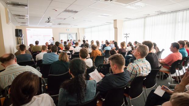 Na spotkaniu prezentującym założenia projektu uchwały krajobrazowej przeważały osoby związane zawodowo z branżą reklamową.