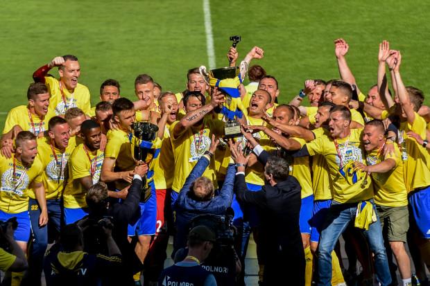 Awans Arki do ekstraklasy był jednym z nielicznych sukcesów trójmiejskich piłkarzy w minionym sezonie.