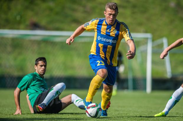 Maciej Wardziński strzelił dla Arki 2 gole w 7 meczach w I lidze w sezonie 2014/15. Zawsze wchodził z ławki rezerwowych. W ostatnich rozgrywkach nie dostał już szansy gry na tym poziomie.