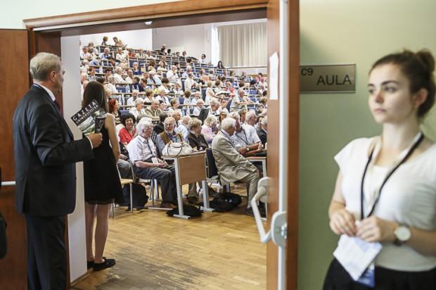 W Zjeździe uczestniczyło ponad 400 absolwentów.