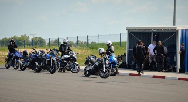 Zorganizowane szkolenia na Autodromie Pomorze.