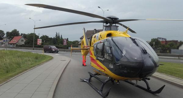 Helikopter LPR wylądował na jednej z ulic w Rumi.