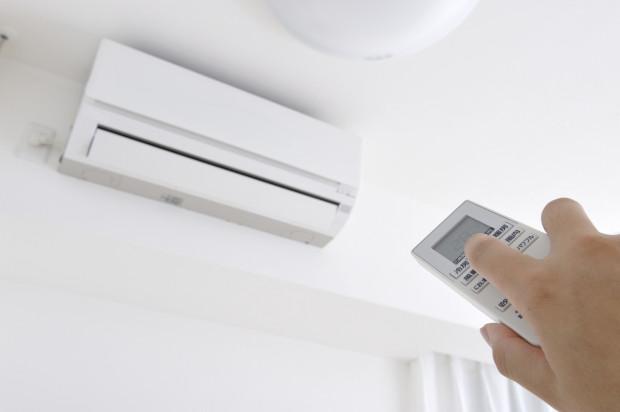 We wnętrzach prywatnych najczęściej montuje się klimatyzatory typu Split. Najpopularniejszymi modelami są urządzenia naścienne.