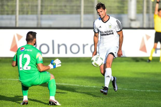 To po faulu na Szymonie Lewickim w niedzielę był rzut wolny, z którego Adrian Błąd strzelił zwycięskiego gola w sparingu z Viitorulem Konstanca.
