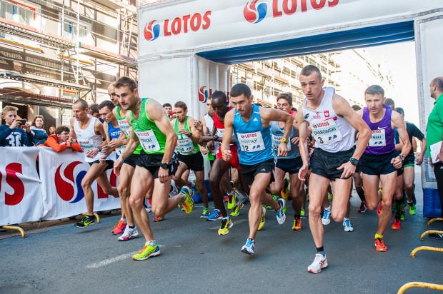 Rozgrywane w czasie Jarmarku Dominikańskiego mistrzostwa Polski elity na 10 km cieszą się olbrzymim zainteresowaniem kibiców.