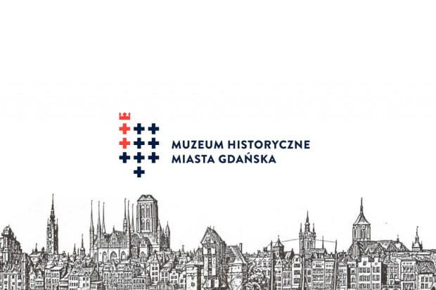 Przykłady wykorzystania nowej identyfikacji wizualnej Muzeum Historycznego Miasta Gdańska.