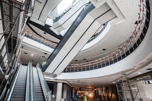 Ostatnie prace we wnętrzach Galerii Metropolia we Wrzeszczu, która ma zostać otwarta w drugiej połowie października.