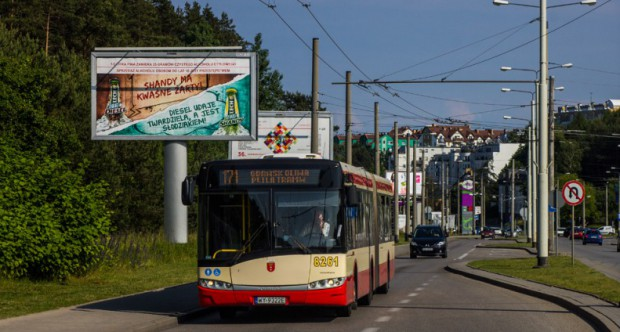 Na linii 171 wg Gdyni można jeździć na starych biletach ZTM-u, zaś wg Gdańska trzeba kupić gdyńskie bilety lub gdańskie w nowej cenie.