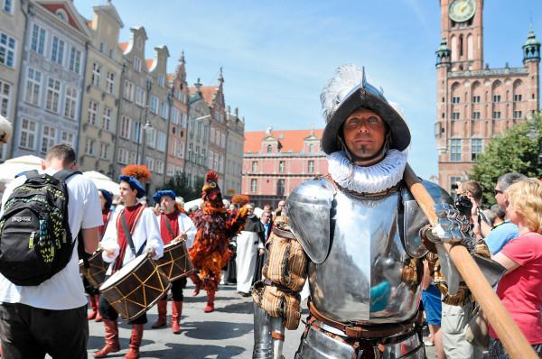 Ceremonia otwarcia jarmarku zacznie się w sobotę w samo południe. W programie m.in. barwna parada na Długim Targu.