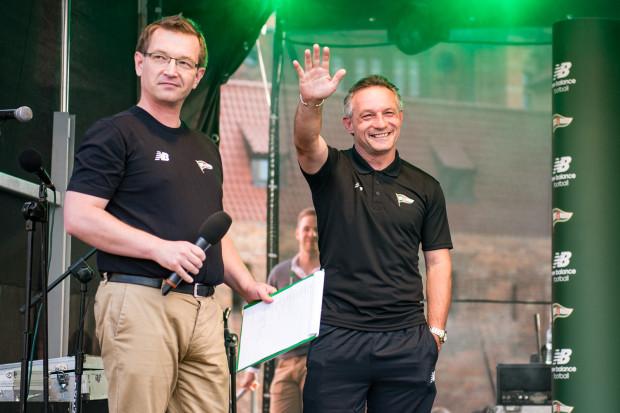 Na przedsezonowej prezentacji Piotr Nowak (z prawej) i jego piłkarze nie szczędzili deklaracji gry o najwyższe cele. Szkoleniowiec ma nadzieję, że w Lublinie za słowami w końcu pójdą także czyny.