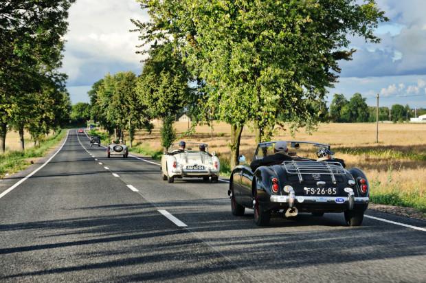 Załogi rajdu będą zwiedzać Trójmiasto i Kaszuby, a miłośnicy motoryzacji ich samochody.