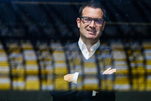 Marc Ahr ma bogate doświadczenie w pracy w pionach zarządzających sektora bankowego, a także telekomunikacyjnego w Niemczech oraz Anglii. Teraz spróbuje swoich sił jako dyrektor Lechii Gdańsk.