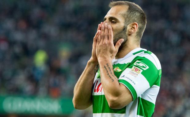 Choć kwota za transfer Flavio Paixao wydaje się być śmiesznie niska - 70 tys. euro - to Lechia ma problem, żeby zapłacić ją Śląskowi.