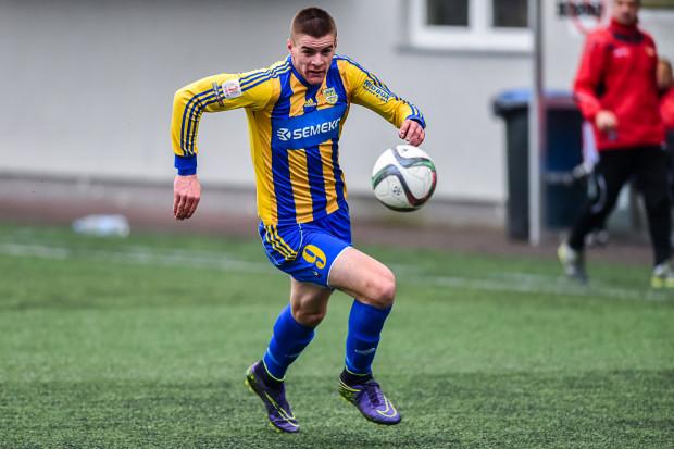 Mateusz Węsierski może zagrać we wtorek drugi mecz w pierwszej drużynie Arki. W poprzedniej rundzie Pucharu Polski 18-letni napastnik dostał 20 minut na murawie.
