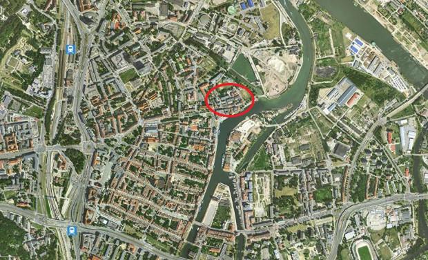 Gród na wyspie mieścił się tam, gdzie dziś biegną ulice Czopowa i Grodzka.