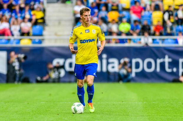 Tadeusz Socha urodził się we Wrocławiu, jest wychowankiem Śląska, z którym był m.in. mistrzem i wicemistrzem Polski. W sobotę obrońca może zagrać przeciwko temu klubowi po raz pierwszy w karierze.