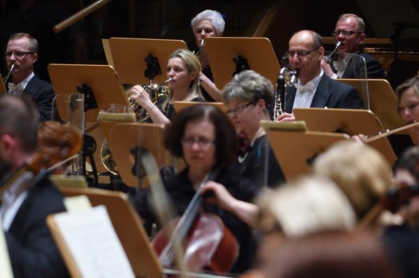 Solidarność sztuk to myśl przewodnia festiwalu Solidarity of Arts. Na zdj. Orkiestra Polskiej Filharmonii Bałtyckiej, gospodarze niedzielnego koncertu.