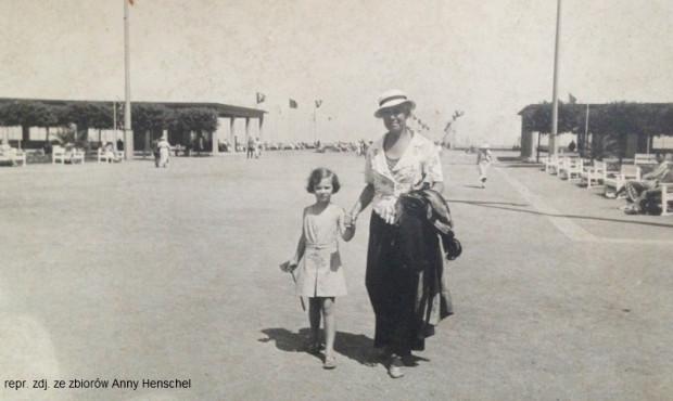 Anna z babcią Ilse w Sopocie.