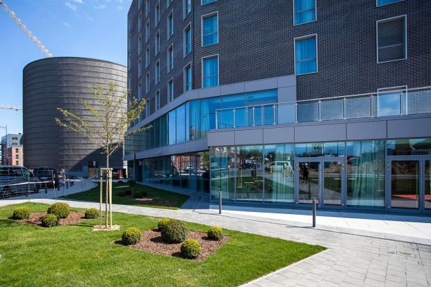 Hotel Focus przy Galerii Metropolia we Wrzeszczu, którą buduje PB Górski, został otwarty pod koniec czerwca tego roku. Obie firmy mają współpracować także przy projekcie zabudowy terenów PKS-u w Gdańsku.