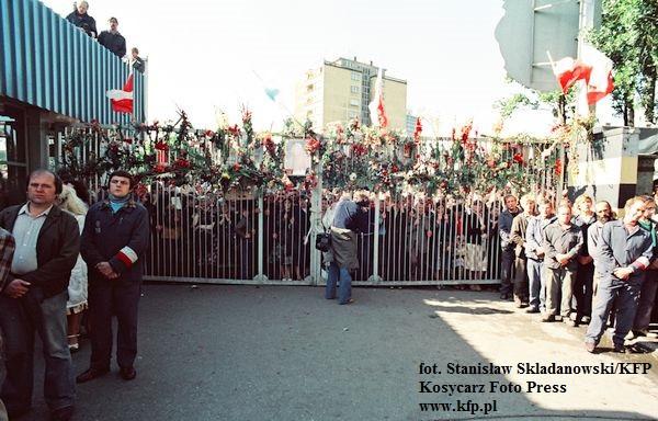 Panuje przekonanie, że w sierpniu 1980 r. społeczeństwo polskie było zjednoczone, a dziś jest wyjątkowo rozbite. To mit - nie różnimy się pod tym względem od naszych rodaków sprzed 36 lat.