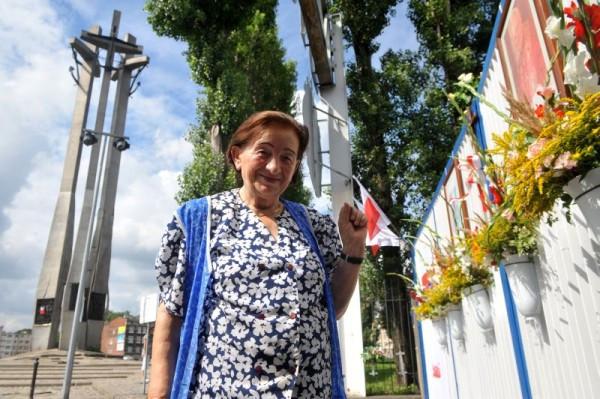 Aleksandra Olszewska opiekowała się Placem Solidarności i Pomnikiem Poległych Stoczniowców od 1980 r.