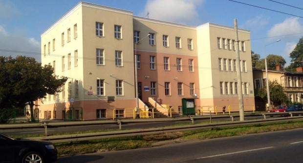 Budynek szkoły na razie stoi pusty. Nauka ma się rozpocząć w najbliższy poniedziałek.