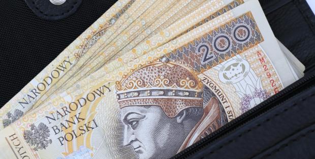 Wzrost wynagrodzenia minimalnego do 2 tys. zł najmocniej odczują firmy, które zatrudniają niewykwalifikowanych pracowników, szczególnie te ulokowane w mniejszych miastach.