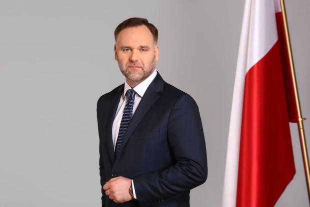 Dawid Jackiewicz to polityk z Wrocławia. Wcześniej samorządowiec i poseł, a ostatnio, od 2015 roku, minister skarbu państwa w rządzie Beaty Szydło