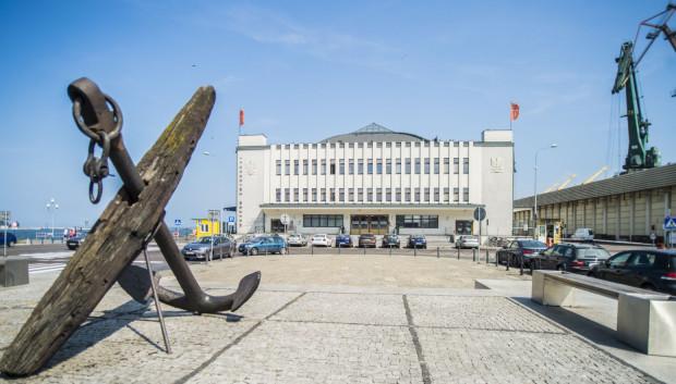 Muzeum Emigracji, czyli przykład tego, jak można zamienić zaniedbany budynek w miejsce chętnie odwiedzane.