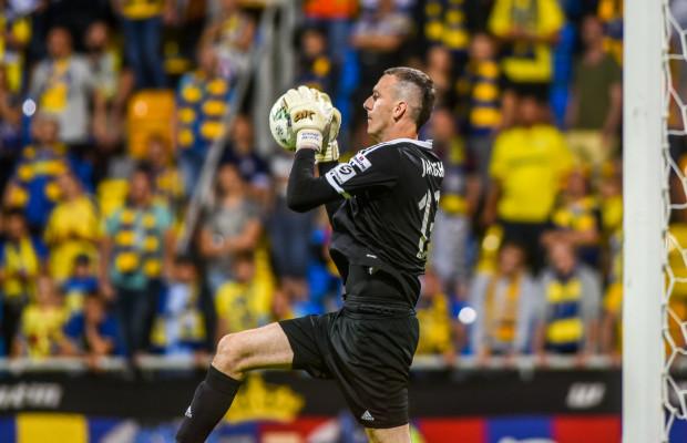 Konrad Jałocha już w 18 z 42 meczów ligowych, które rozegrał w Arce Gdynia, zachował czyste konto. Czy ta sztuka uda mu się także w Poznaniu?