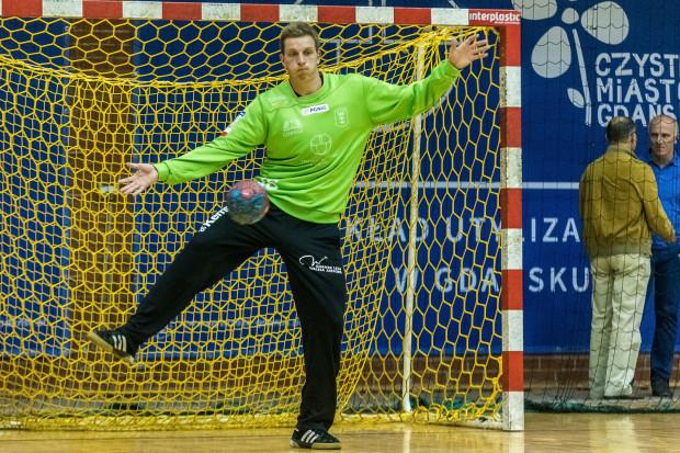 Maciej Pieńczewski swoimi interwencjami wydatnie pomógł Wybrzeżu sięgnąć po kolejne zwycięstwo w Superlidze.