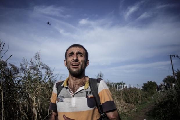 Za fotografie ukazujące życie uchodźców Maciej Moskwa zdobył Gdańsk Press Photo. W Sztuce Wyboru opowie o swojej reporterskiej książce poświęconej wojnie w Syrii.