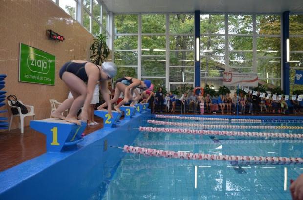 Mistrzostwa na pływalni przy Haffnera rozegrane zostaną w 11 kategoriach wiekowych. O jak najlepszy wynik rywalizować będą także rodziny w trzyosobowych składach.