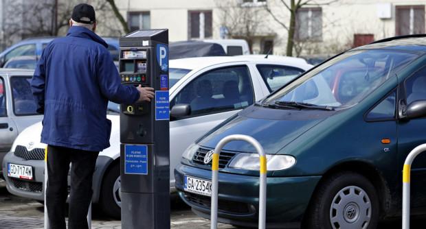 Urzędnicy nadal zapewniają, że w przyszłym roku nastąpi modernizacja parkomatów.