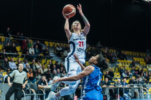 Anna Jakubiuk jest jedyną koszykarką Basketu 90, do której nie można mieć pretensji po środowym meczu.