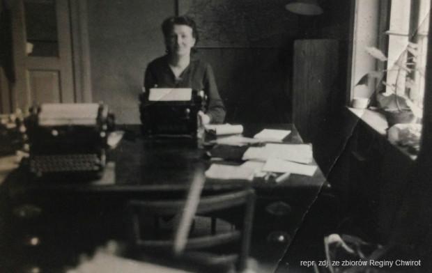 Lucie, matka Reginy w czasie wojny pracowała w Blaszance. Zdjęcie z lutego 1943 r.