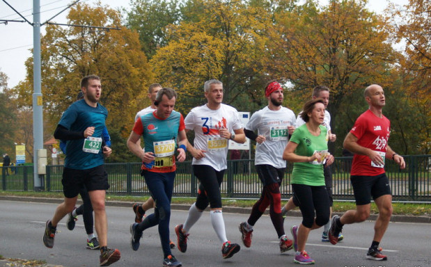 W niedzielę ponad 4000 biegaczy wystartuje w gdańskim półmaratonie.  W tym samym czasie miłośnicy krótszych dystansów w liczbie ok. 600 osób wystartują na 5 km.
