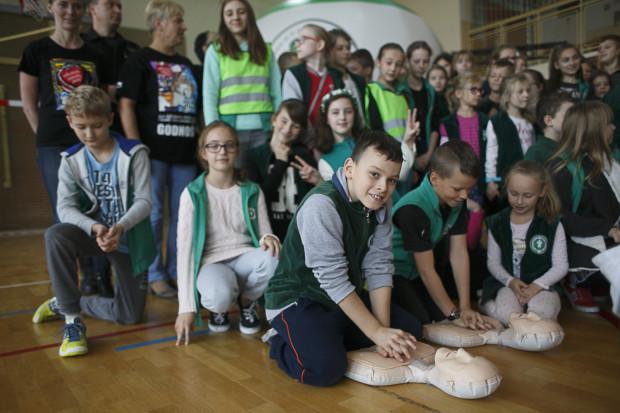 Bicie rekordu Guinnessa w udzielaniu pierwszej pomocy, Szkoła Podstawowa nr 8 w Gdańsku.