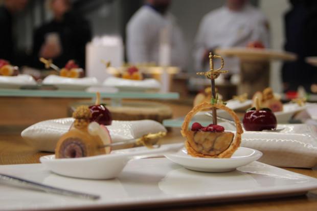 Zadaniem reprezentacji było przygotowanie m.in. czterech przekąsek typu finger, dwóch starterów, pięciodaniowego menu oraz kilku deserów.