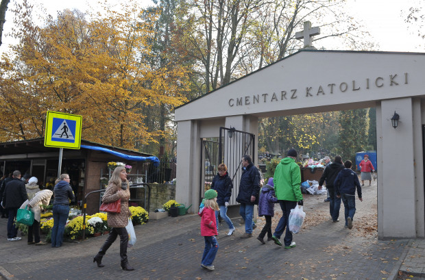 Jak co roku 1 listopada na trójmiejskich nekropoliach spodziewane są tłumy odwiedzających.