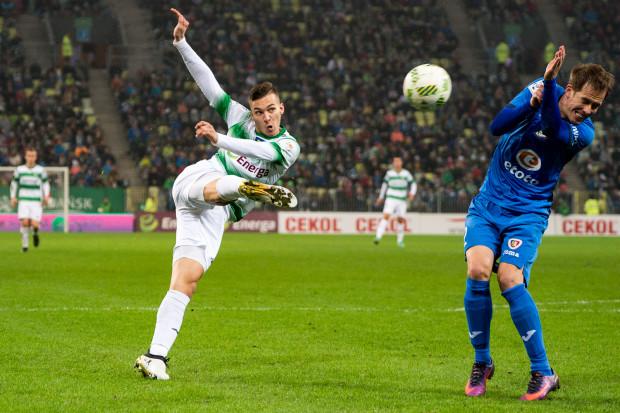 Lukas Haraslin w tym sezonie jedyny oficjalny mecz w podstawowym składzie Lechii zaliczył w Pucharze Polski. W nim zapisał asystę. W sobotę chciałby co najmniej to powtórzyć w ekstraklasie, w której na razie 8 razy dostał szansę, ale zawsze wchodząc z rezerwy.