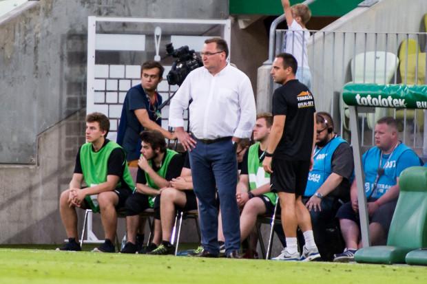Czesław Michniewicz długo uważał, że trener nie powinien pracować tam, gdzie mieszka. Jednak dał się skusić Arce Gdynia w 2008 roku.