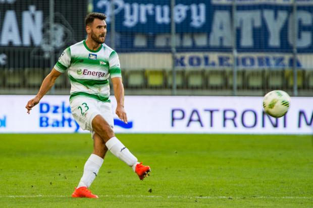 Grzegorz Wojtkowiak występuje w Lechii Gdańsk od wiosny 2015 roku. Dotychczas w biało-zielonych barwach obrońca rozegrał 57 meczów meczów ligowych i pucharowych, zdobył 2 gole.