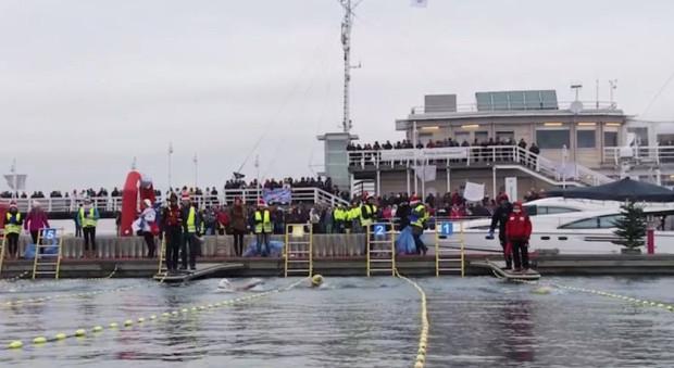 Mistrzostwa w ekstremalnym pływaniu odbywały się już w Sopocie (na zdjęciu) i w Gdyni. Teraz zawitają do Gdańska.